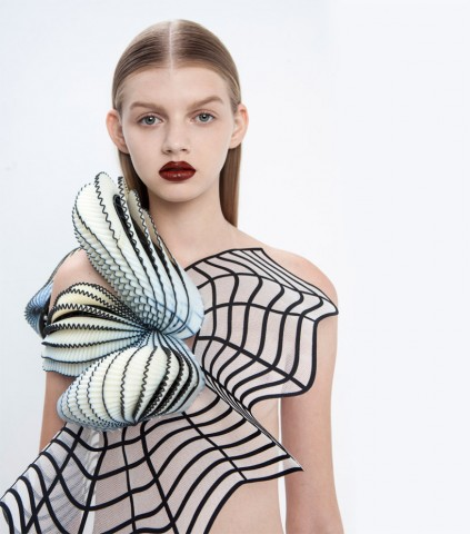 noa-raviv-stratasys-hard-copy-fashion-collection-3d-printing-israel-designboom-02